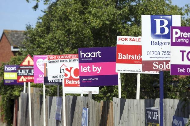 Saunders Signs, Wokingham
