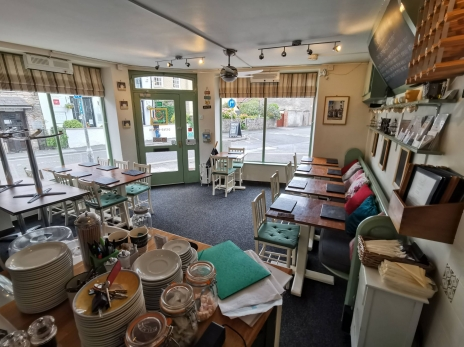 Wonderfully Presented Cafe in Superb Cathedral City Location Wells, Somerset