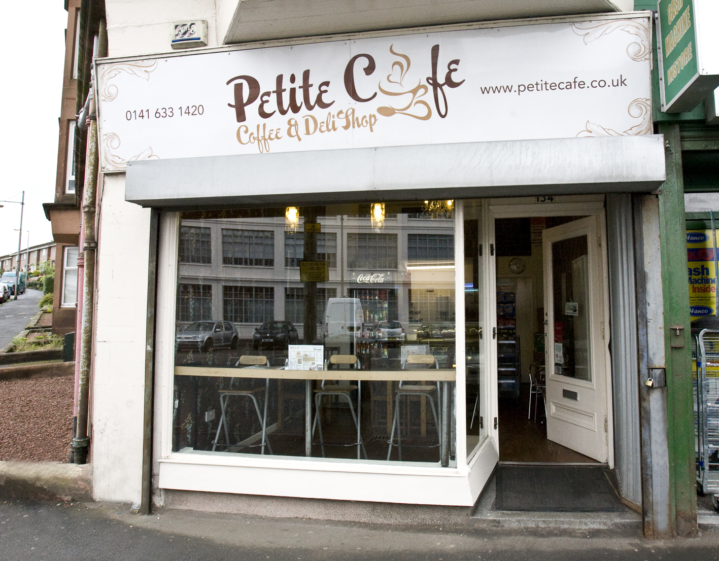 Petite Cafe – Glasgow, Scotland