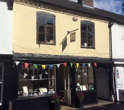 G & Tea Vintage Tea Rooms, Worcester